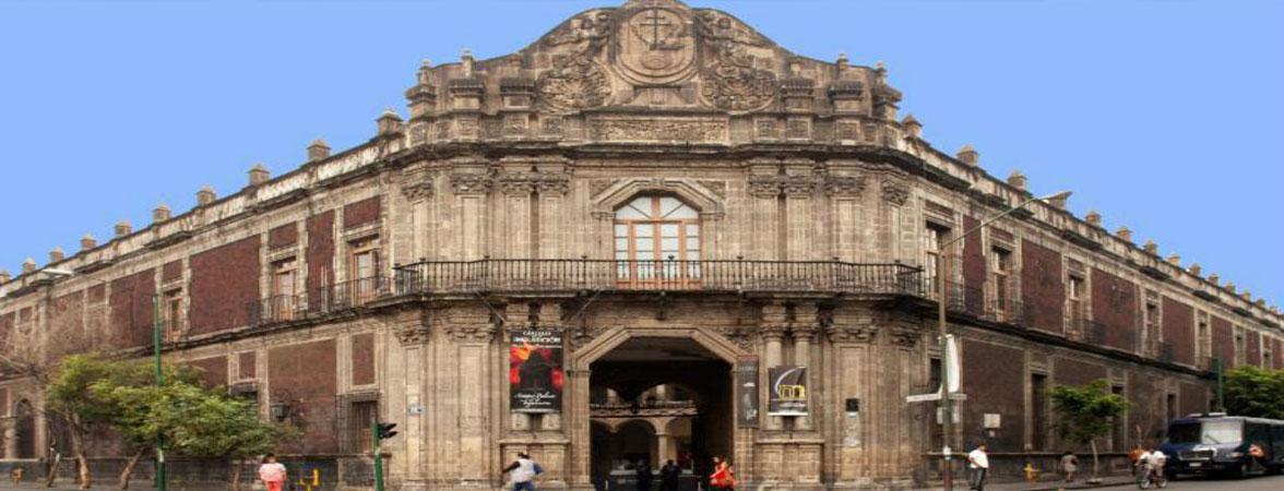 Museo de la Medicina (Palacio de la Escuela de Medicina)